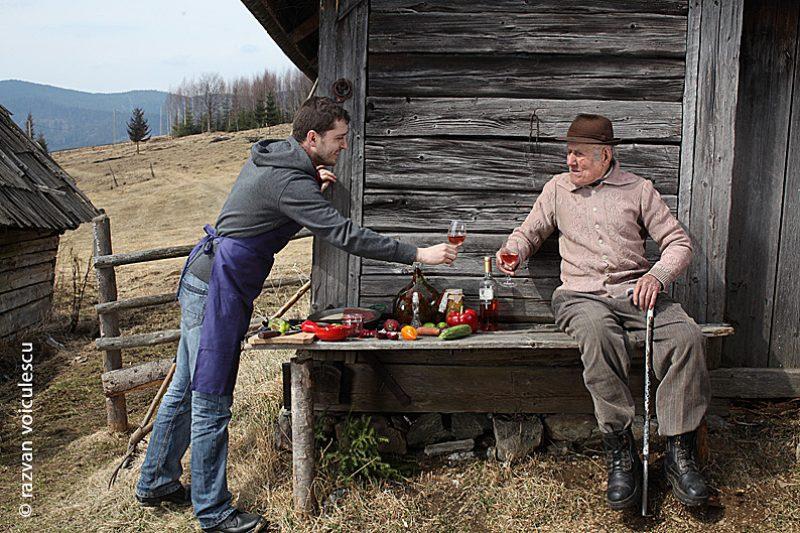 munte, outdoor cooking, bucătăria hoinară, ton roșu